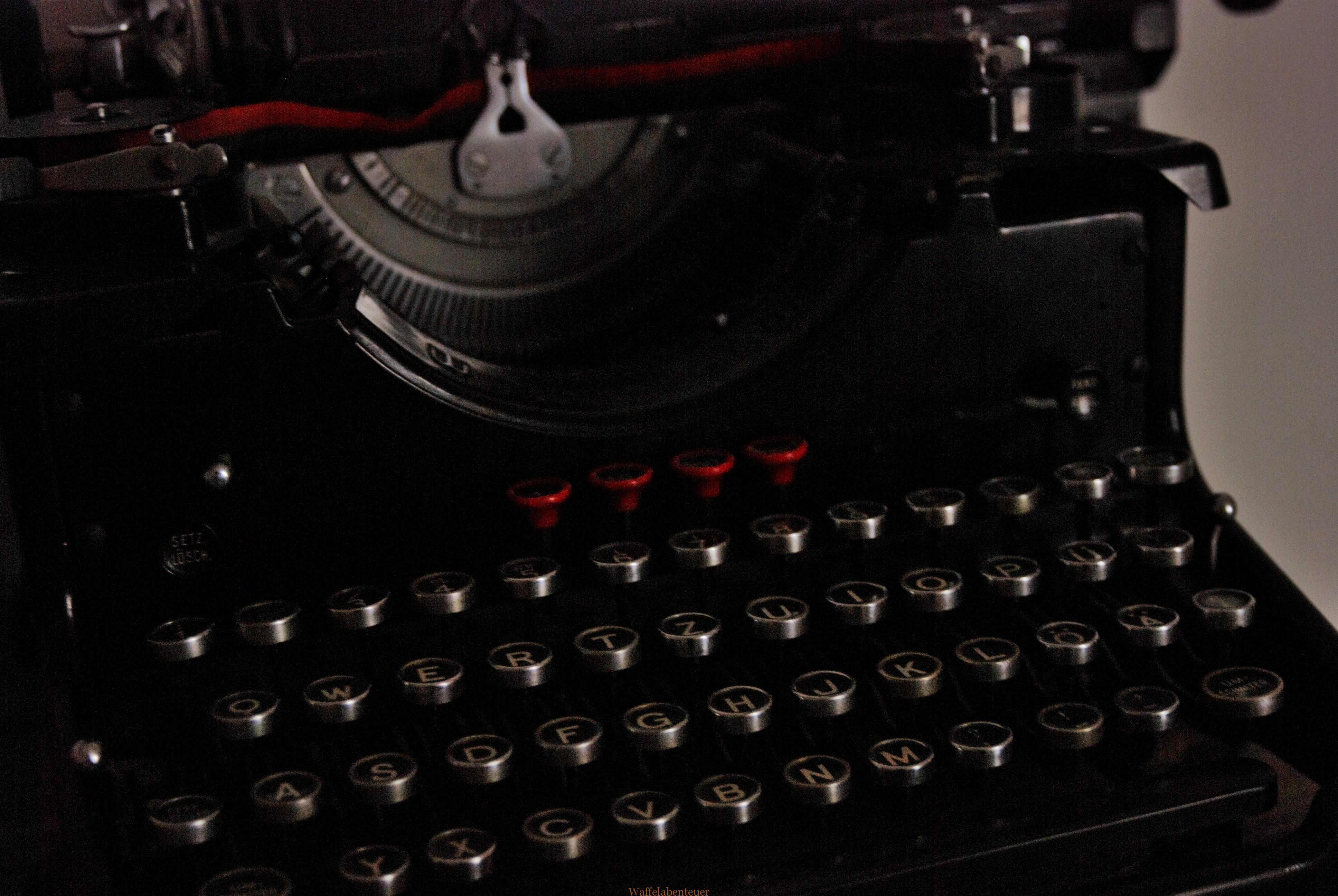 Der Autor, die Schreibmaschine