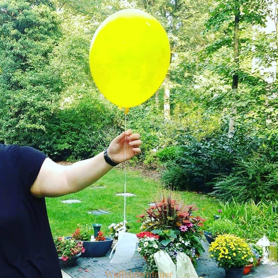 Löffelliste 2018 – Einen Luftballon in den Himmel steigen lassen